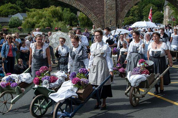 Chaque année, plus de 5000 personnes participent à la fête de laveuses.