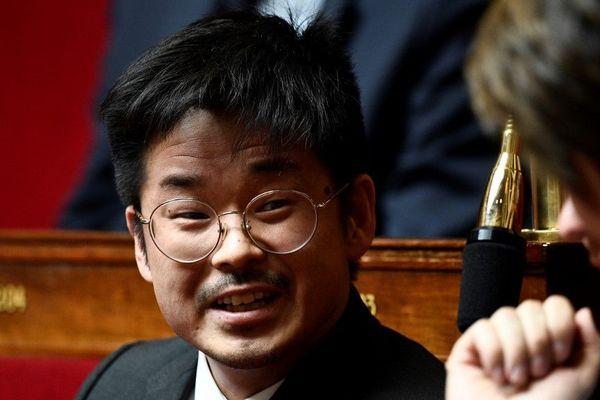 Le député Joachim Son-Forget a filmé une partie de l'agression du haut de son balcon à Nice et l'a partagée sur les réseaux sociaux.