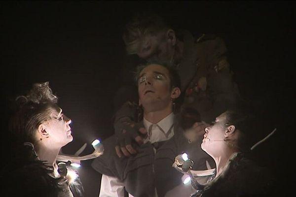 """Parmi les jeunes compagnies représentées, celle du Toulousain Yohan Bret avec sa dernière création, """"La mort de Tintagiles""""."""