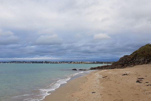 Au Rougeret à Saint-Jacut-de-la-Mer