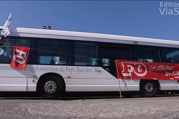 08/07/14 - 10ème jour de grève dans les transports en commun ajaccien (TCA)