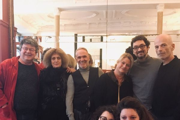 Une partie du jury du prix Régine Deforges qui sera remis le 3 mai 2019 à Limoges.