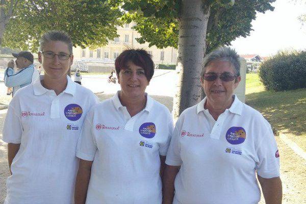 Agnès Lesaine, Fabienne Berdoyes et Sylvette Innocenti se sont qualifiées pour les quarts de finale.