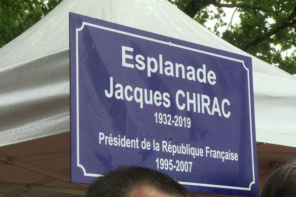 L'Esplanade Jacques Chirac, inaugurée le 4 juin par sa fille, Claude Chirac.