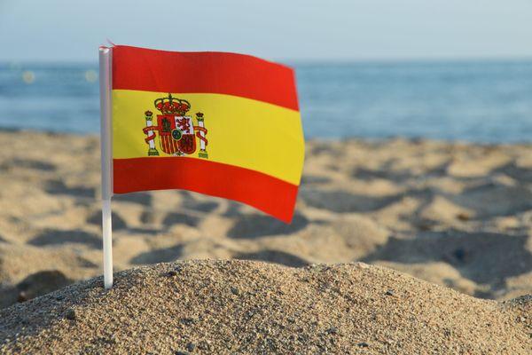 L'Espagne garde ses frontières ouvertes en février mais restreint drastiquement ses conditions de circulation.