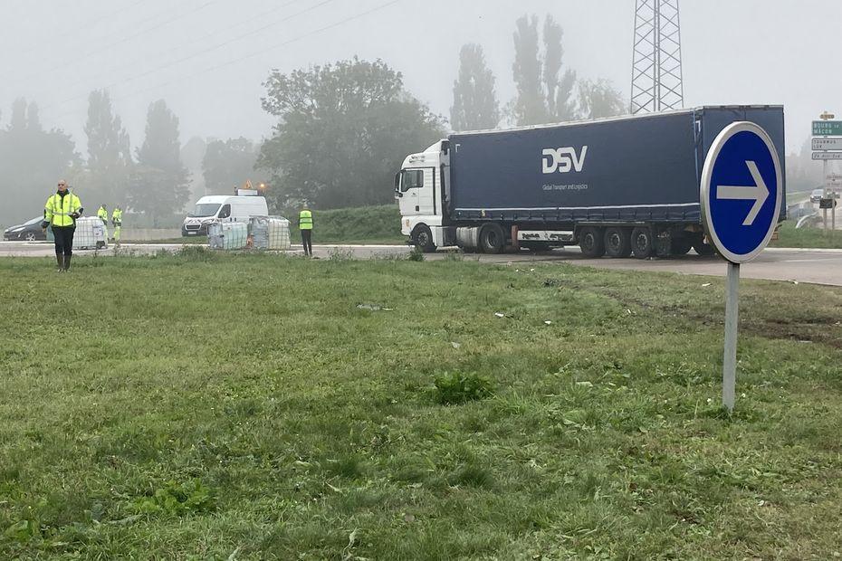 Accident en Saône-et-Loire : des matières dangereuses sur la chaussée