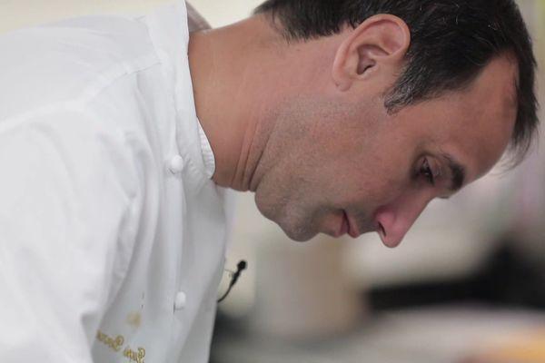 François Perret en cuisine au Ritz.