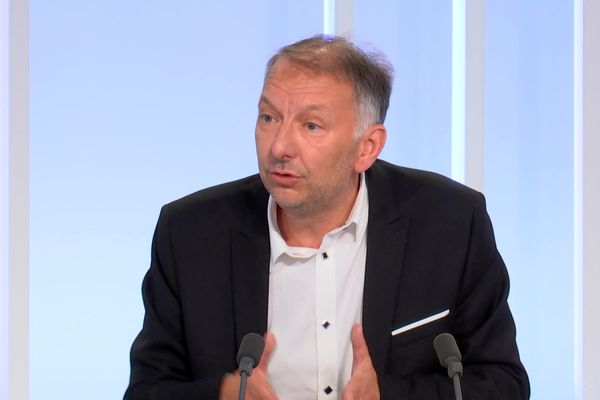 Bruno Bernard, président de la Métropole de Lyon est l'invité de Dimanche en Politique, ce 26 septembre