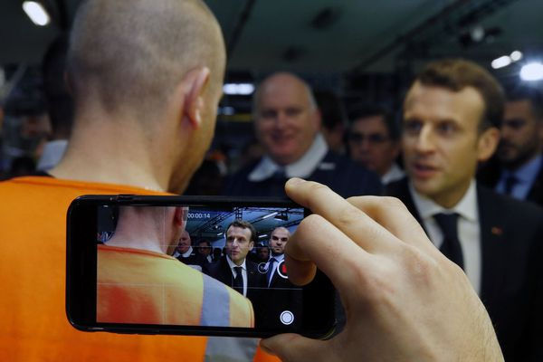Emmanuel Macron en visite à l'usine Toyota Onnaing le 22 janvier 2018.