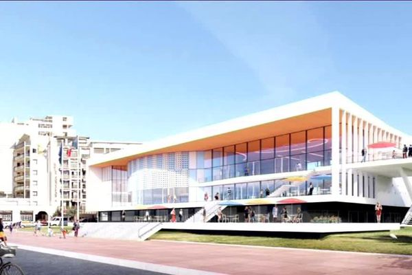 Deux années de travaux seront nécessaires pour redonner au Palais des Congrès de Royan son allure d'origine.