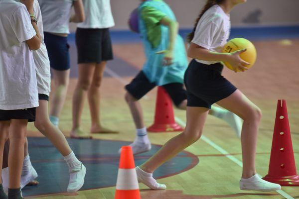 Les spécialistes de santé préconisent 1h d'activité physique pour les jeunes
