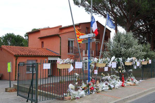 La mairie de Saint-Feliu-d'Avall, dans les Pyrénées-Orientales - 22 décembre 2017