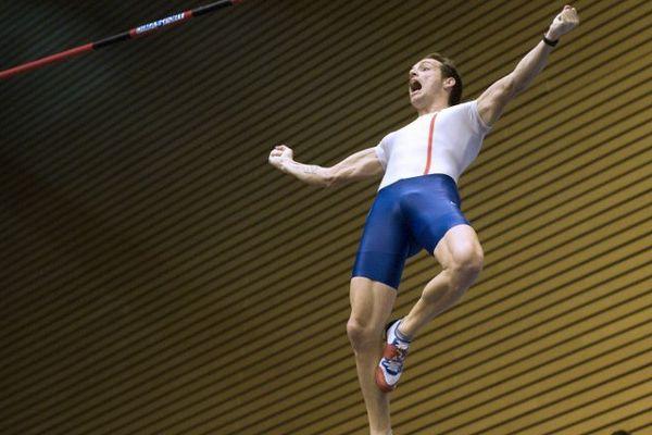 Renaud Lavillenie a franchi 6,03m à Jablonec en République Tchèque.