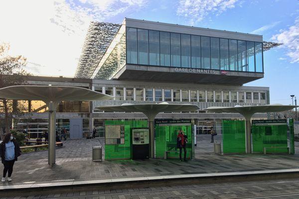 """La """"face nord"""" de la nouvelle gare de Nantes dessinée par l'architecte Rudy Ricciotti"""