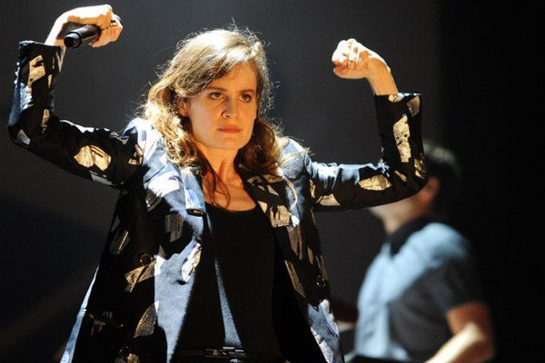 Christine and The Queens aux Vieilles Charrues 2015