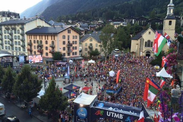 Initié en 2003, l'Ultra-Trail du Mont-Blanc est l'une des courses les plus difficiles du monde. Des scientifiques stéphanois mènent une étude sur la fatigue. Les femmes tiennent mieux la distance.