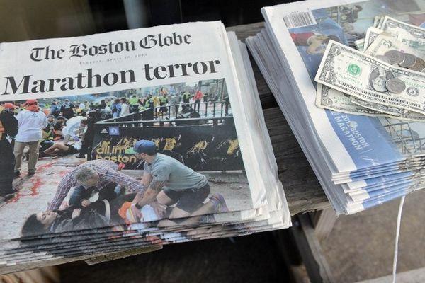 Trois personnes sont mortes et au moins 141 personnes ont été blessées (bilan provisoire), le 15 avril 2013, dans une double-explosion près de la ligne d'arrivée du marathon de Boston (Etats-Unis)