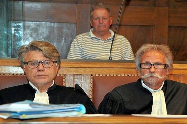 Montpellier - René Galinier 78 ans avec ses avocats Gilbert Collard et Josy-Jean Bousquet - 1er juillet 2015.