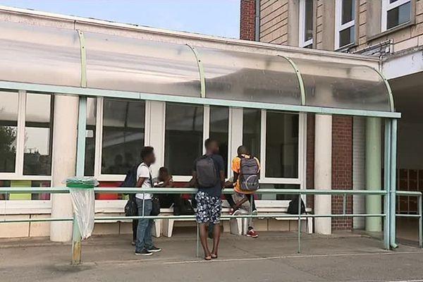 Les lycéens risquent de se retrouver à la rue pour les vacances d'été.