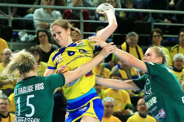 Ana Gros et ses camarades du Metz Handball n'ont pas réussi à faire la différence face aux joueuses de Viborg (Suède) sur le parquet des Arènes de Metz (Moselle).