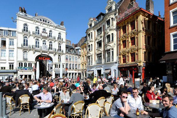 SI vous voulez suivre la conversation en terrasse à Lille, lisez notre liste de 100 mots ! ;)