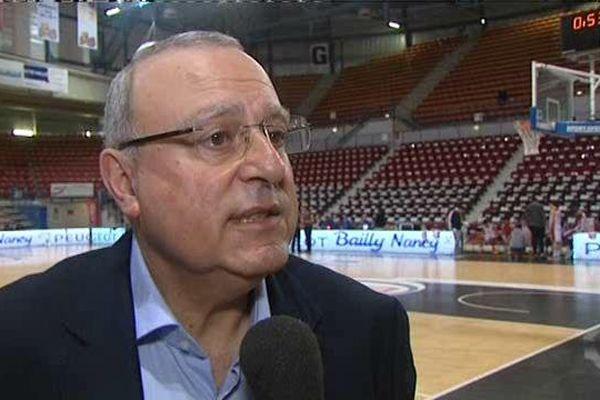 L'entraîneur du SLUC Nancy Basket avant le match contre Paris-Levallois mardi 29 mars 2016