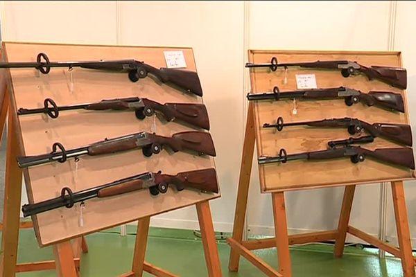 Le salon des chasseurs au Centre Foires et Conventions de Metz-Métropole accueille 9000 visiteurs. Et pour cette 4ème édition les armuriers sont au centre de toutes les attentions.