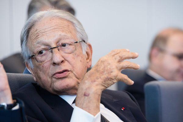 Jacques Saadé, 80 ans, passe les reines de la CMA/CGM à son fils