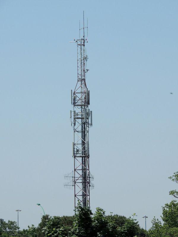 L'antenne près de la maison de Mélody