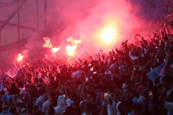 La tribune des supporters marseillais lors de la finale de l'Europa League. L'UEFA n'aurait pas du tout apprécié le spectacle des fumigènes, pourtant si fréquent au Vélodrome.