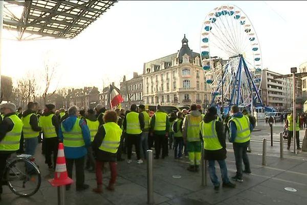 Rassemblement de Gilets jaunes samedi 22 décembre dans le centre-ville d'Amiens.