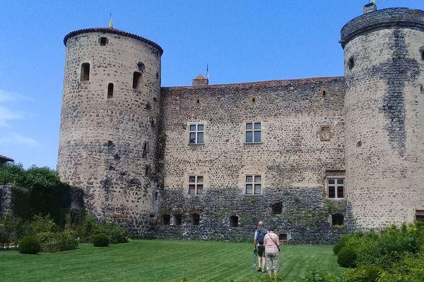 Remarquablement conservée, la Forteresse de Saint Vidal est classée au titre des Monuments Historiques depuis 1958