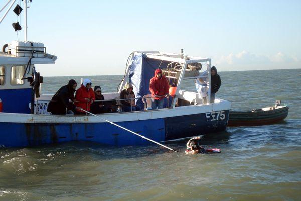 Ravitaillement traversée à la nage de Philippe Croizon (septembre 2010)