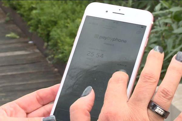 A Brive, en Corrèze, on peut payer son stationnement par téléphone portable, grâce à l'application Paybyphone