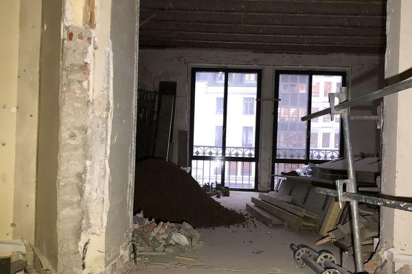 Les travaux sont en cours, des chambres vont donner sur la place Grangier