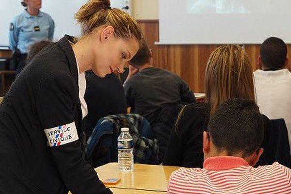 Christelle Loubet, une Miss recrutée par la gendarmerie à Caissargues dans le Gard