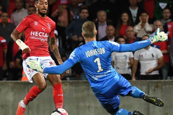 Nîmesa concédé le match nul aux Costières face à Guingamp(0-0)