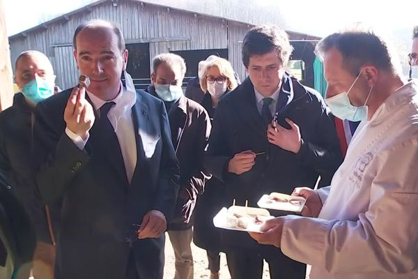 Le premier ministre Jean Castex et le ministre de l'agriculture Julien Denormandie en visite en Creuse.
