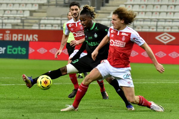 La justice donne raison au stade de Reims face à la Fédération française de football. (photo d'illustration - victoire de Reims face à Saint-Etienne)