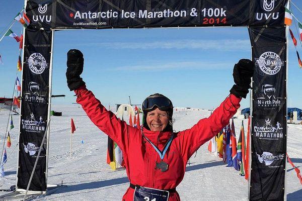 Frédérique Laurent remporte le marathon des Glaces, 1ère française à gagner cette épreuve
