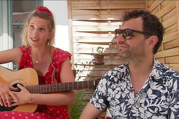 Lady Do et Monsieur Papa sont auteurs-compositeurs.