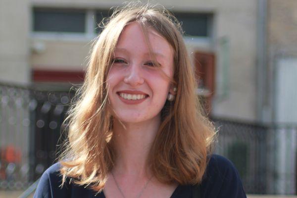 Justine Gille. Ingénieure en formation en alternance à Saint-Gobain Pont-à-Mousson