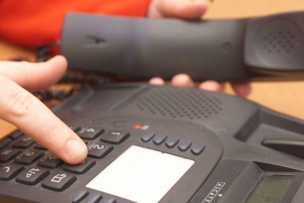 Pour un malade, les brigades devront contacter en moyenne une vingtaine de cas contacts.