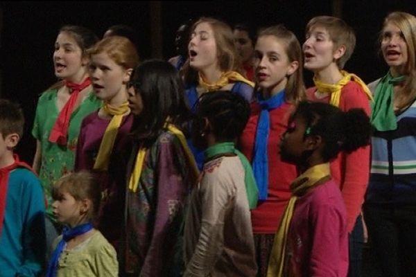 Les enfants vont chanter les 7,8 et 9 novembre au Grand Kursaal de Besançon.