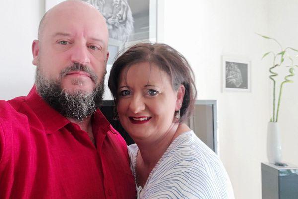 Romuald  a lancé une cagnotte en ligne pour organiser un voyage pour sa femme Gaëlle victime d'un terrible accident en 2017.