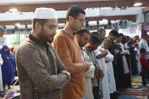 Le début d'une prière lors de l'Aïd el-Kebir, ici à Mulhouse en 2018.