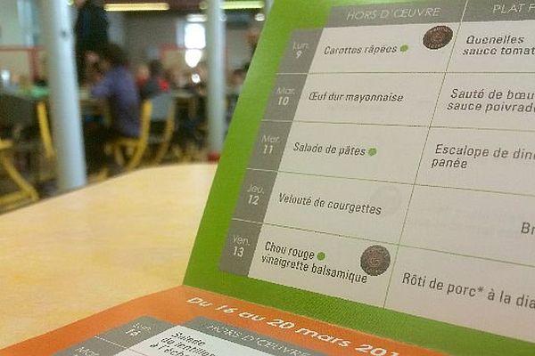 La polémique autour de la suppression des menus de substitution dans les cantines scolaires ne s'arrête pas