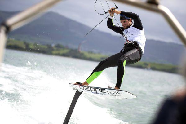 Nicolas Parlier, quadruple champion du monde de kitesurf est le favori pour remporter la première médaille d'or de la discipline