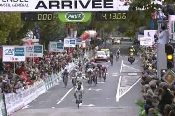 Arrivée du 41 ème Tour de Vendée et victoire du néerlandais Wesley Kreder