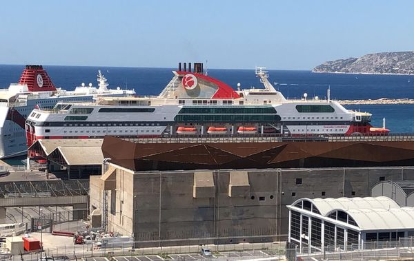 Le Danielle Casanova à quai à Marseille
